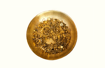Antique gold jewellery treasure