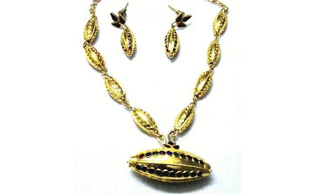 Assamese Gold Necklace Design