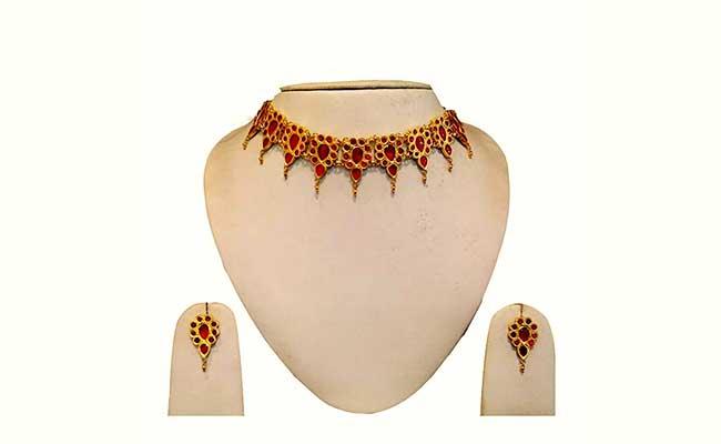 Galapota - Traditional Gold Choker Necklace