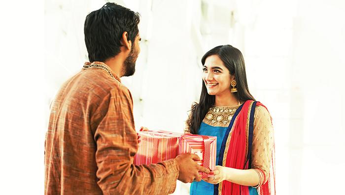 Gifting gold for Raksha Bandhan