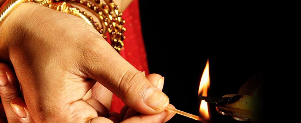 Dhanteras Best Gold Buying Deals