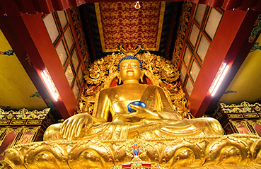 Gold monuments around the world