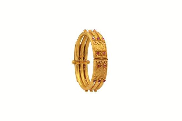 Kadagas Gold Bangles Jewellery design