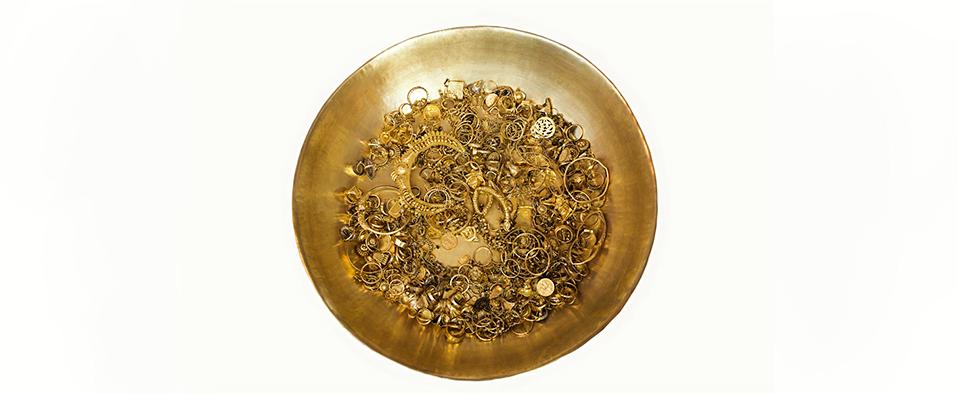 Antique gold jewellery treasure