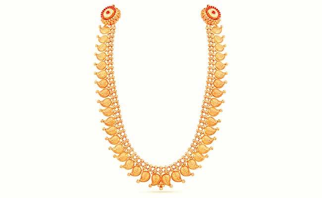 Manga mala is another vital ornament in Kerala bridal jewellery.