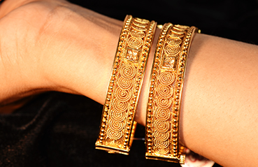 Traditional Gold Jewellery Bangles Design from Karnataka