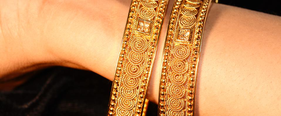 Traditional Gold Jewellery Bangles Design from Karnataka