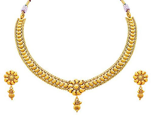 Designer Gold Ornament Set